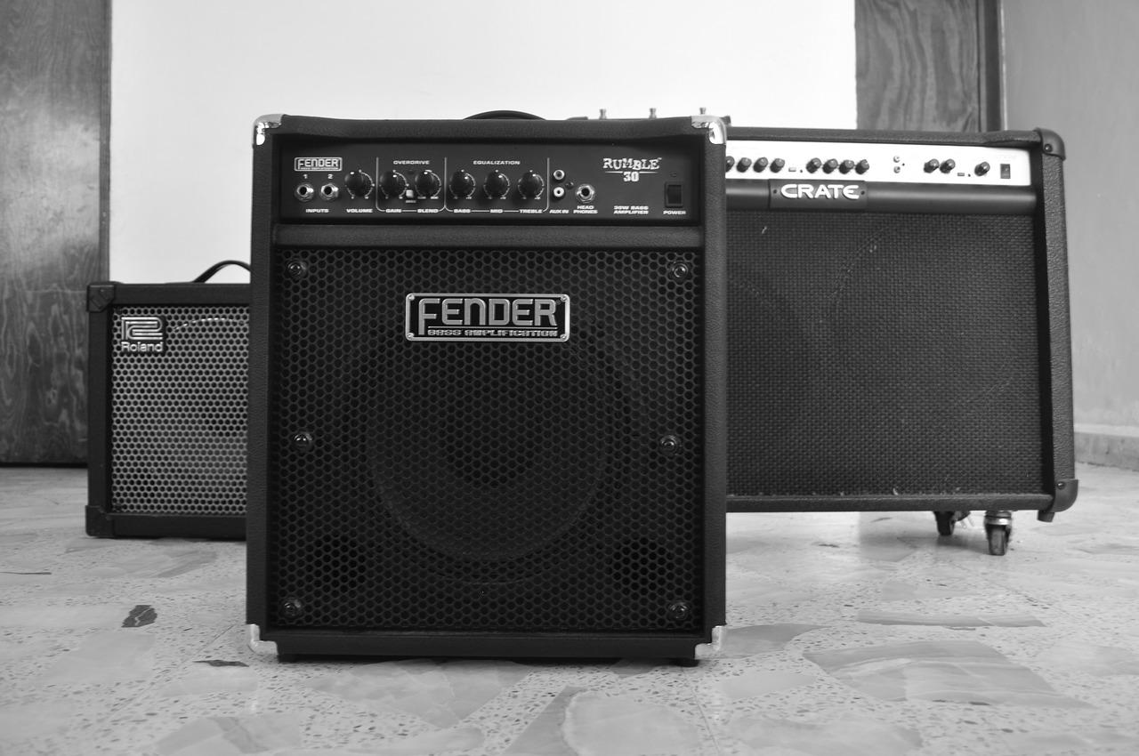 amplifiers-1032315_1280